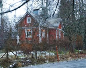 talo tieltä pieni